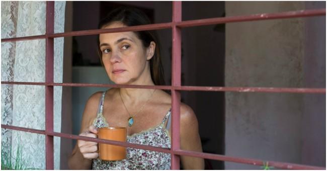 Rainha, né? Adriana Esteves comemora segunda indicação ao Emmy Internacional