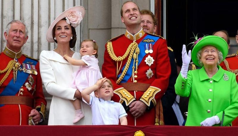 Entenda porque a família real britânica não tem sobrenome!