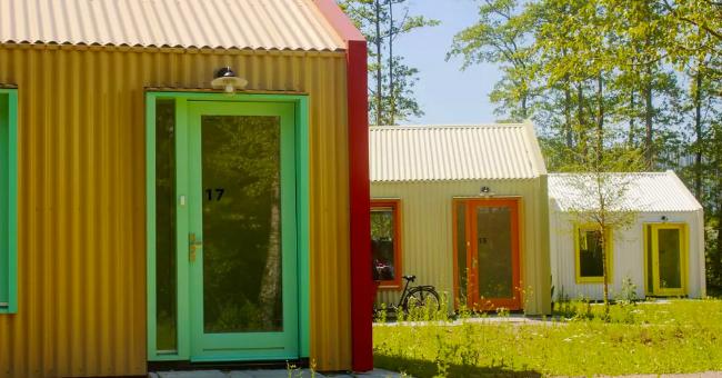Na Holanda, eles constroem casas solares para as pessoas sem-teto