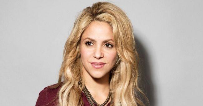 Site espanhol afirma que Shakira já não é mais esposa de Piqué