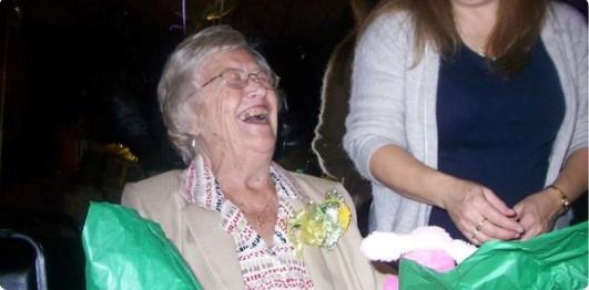 Esta mujer reveló un secreto guardado por 50 años. Su marido casi se va de espaldas.