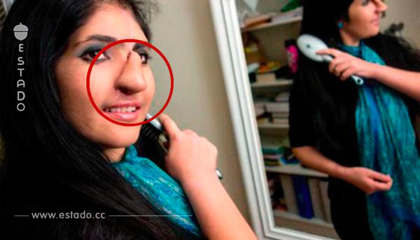 La familia de esta chica la entregó a un monstruo que se la quería devorar viva