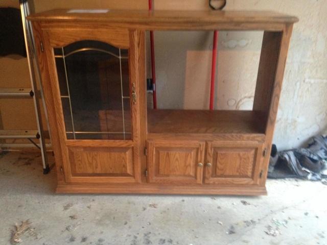 Compró este viejo mueble por 20$ y luego se lo regaló a su hijo convertido en algo muy diferente