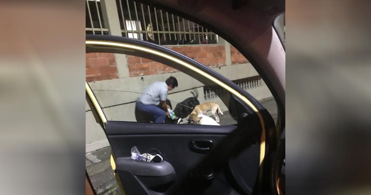 Taxista pide permiso a pasajera para detenerse un momento, ella saca una foto que lo revela todo