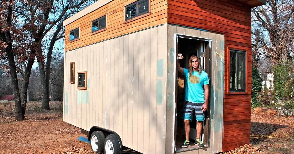 Estudiante construye casa de 14m² para no pagar renta, cuando veo el interior quedo congelado