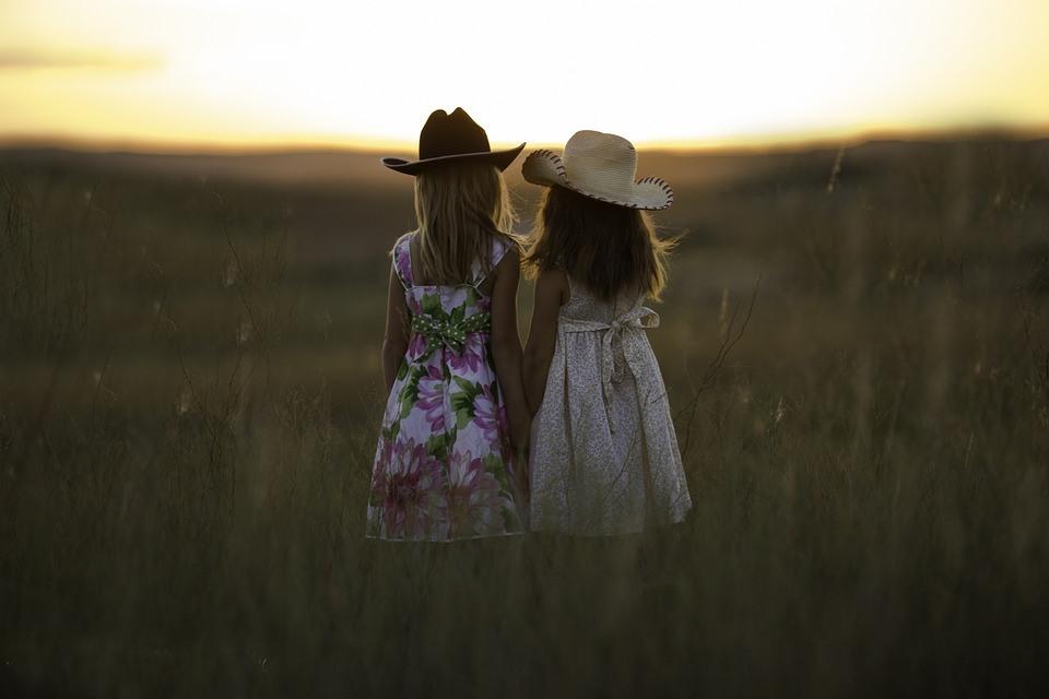 Tener hermanas te hace ser mejor persona – Mamá Natural
