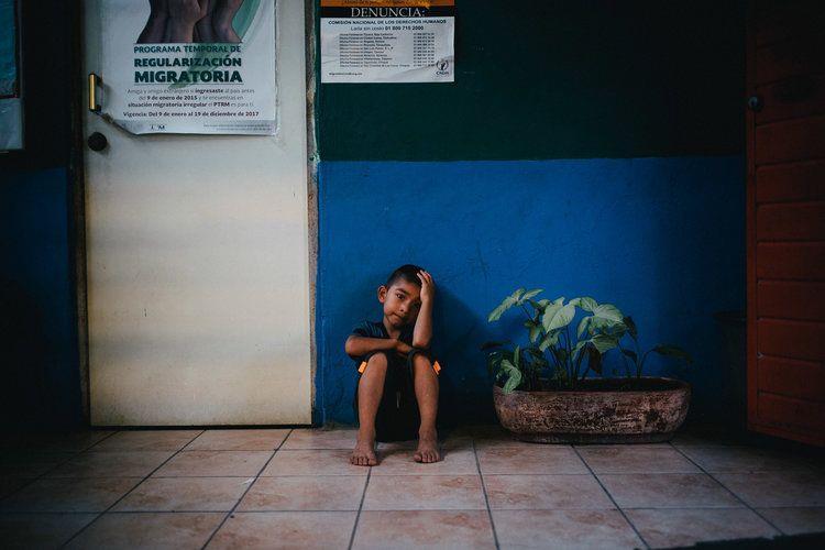 Mira el corto Shelter, humanizando la migración en Centroamérica • La nube de algodón