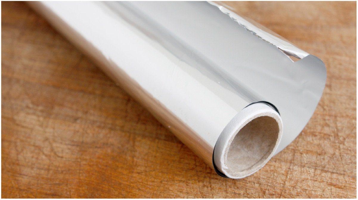 ¿Qúe lado de papel de aluminio debes usar? ¿El brillante o el mate?