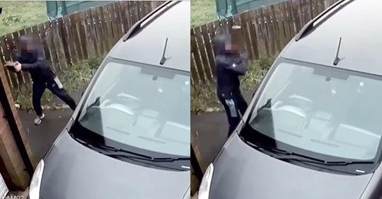 Hombre intentó romper un vidrio antibalas y se llevó un ladrillazo en la cabeza