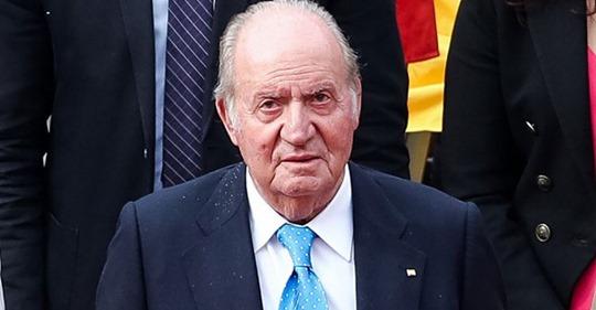El rey Don Juan Carlos acude a una clínica de operación estética en Barcelona