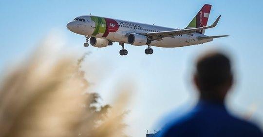 Nicolás Maduro sanciona a la aerolínea portuguesa TAP por llevar a Juan Guaidó