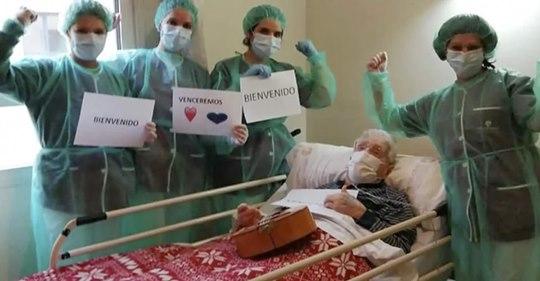 Abuelito de 98 años LE GANA al coronavirus y se recupera