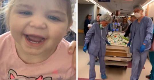 El personal del hospital canta Amazing Grace  a una niña pequeña que realiza su viaje final para donar órganos