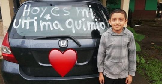 Pequeño de 9 años supera el cáncer y conmociona a todos con su historia