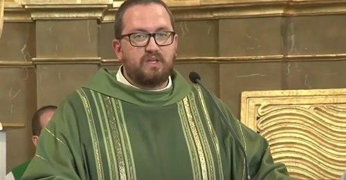 Muere el sacerdote Rubén Pérez, la cuarta víctima de la explosión de gas en la calle Toledo de Madrid