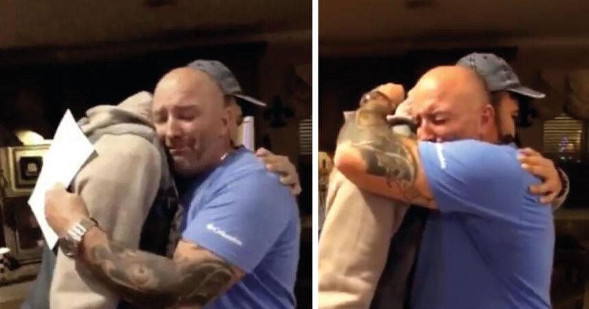 Su padrastro rompe en llanto tras pedirle que se convierta en su padre legal