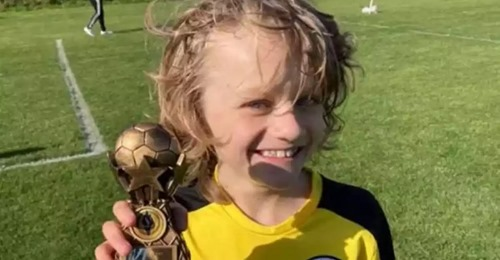 Pierde la vida un niño de 9 años jugando al fútbol