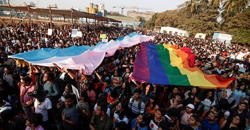 Queman y asesinan a un joven gay en el Caribe mexicano tras revelar que tenía VIH