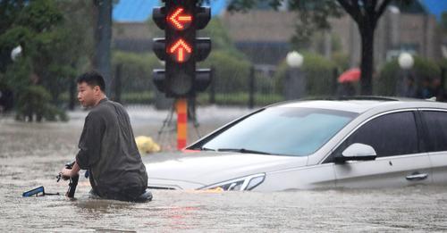 Al menos 16 muertos y miles de evacuados por las lluvias torrenciales en China