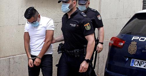 La justicia obliga a las 'manadas' a dar muestras de ADN para un registro policial de agresores sexuales