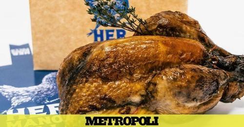 El local de Barajas con los mejores (y más baratos) pollos asados de Madrid; se los piden hasta en bodas