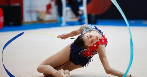 Greta, la gimnasta que ha vuelto a volar