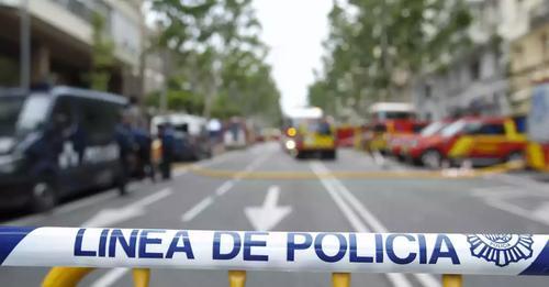 Discute con su mujer, ella huye de casa y acaba matándola en plena calle en España