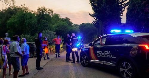 La Policía busca en Madrid a un menor discapacitado sustraído por su madre, que afirma que lo ha matado y tirado a un contenedor