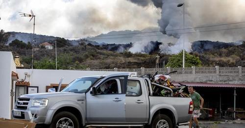 Los bancos ponen a disposición de los afectados por el volcán sus viviendas en La Palma y en zonas próximas